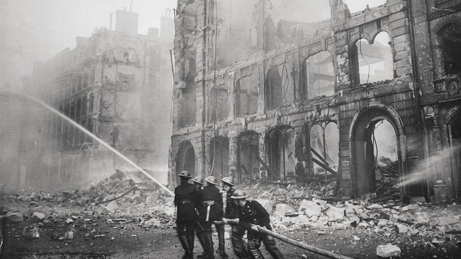 Surviving the Nazi Blitz