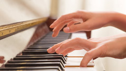 Basic Piano Rhythm and Fingering